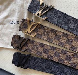 Louis Vuitton belts for Sale in Cádiz, ES