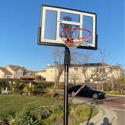 Basketball hoop for Sale in Suisun City,  CA