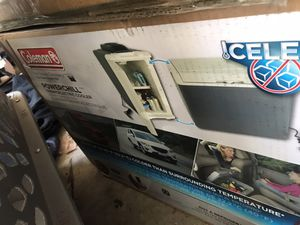 Coleman 40 qrt power chill cooler for Sale in Beaufort, SC