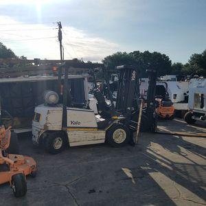 Forklifts 2k lb to 25k lb for Sale in Orlando, FL