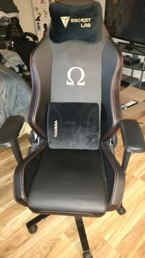 Secret Lab Omega Gaming chair STEALTH Edition for Sale in Grayslake, IL