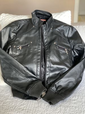 Women's Black leather jacket for Sale in Charles Town, WV