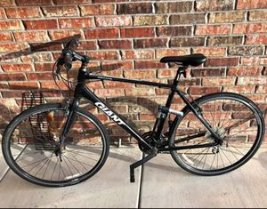 Giant Escape 3 Mens Bike for Sale in Argyle, TX