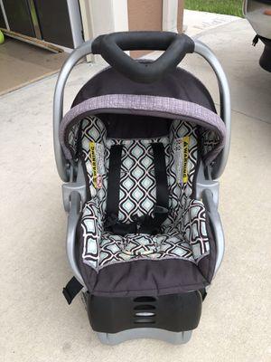 Infant car seat for Sale in Orange City, FL