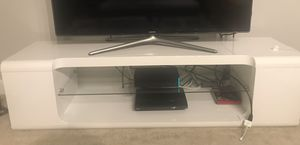 Almost New Beautiful Modern TV Stand for Sale in MARTINS ADD, MD