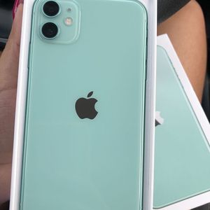 FINANCE New Unlocked iPhone 11 Green - Pay just $25 down today! for Sale in Providence, RI