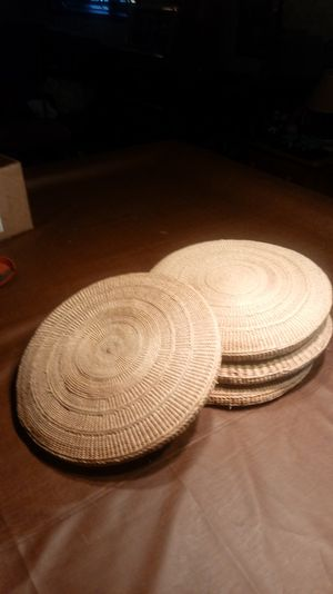 4 patio chair cushions for Sale in Darien, IL