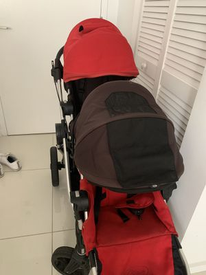 City select double stroller for Sale in Miami, FL