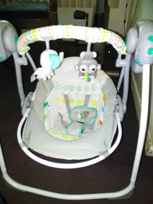 Baby swing with music for Sale in Ecorse, MI