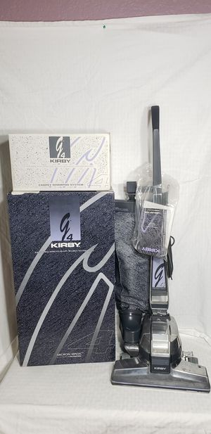 G4 Kirby vacuum with shampooer and attachments for Sale in Toledo, WA