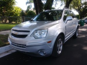 2014 CHEVY CAPTIVA LT...NO ACCIDENTS, RUNS GREAT, CLEAN TITLE for Sale in Miami, FL