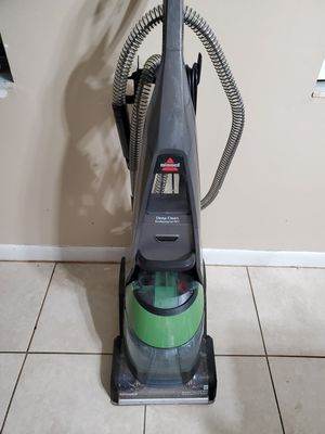 Bissell deep clean professional pet carpet cleaner $75 for Sale in Apopka, FL