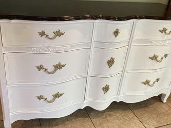 Dresser/Cajonera for Sale in Carson,  CA