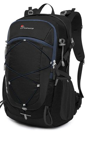 40L Unisex Hiking/Camping Backpack for Sale in Las Vegas, NV