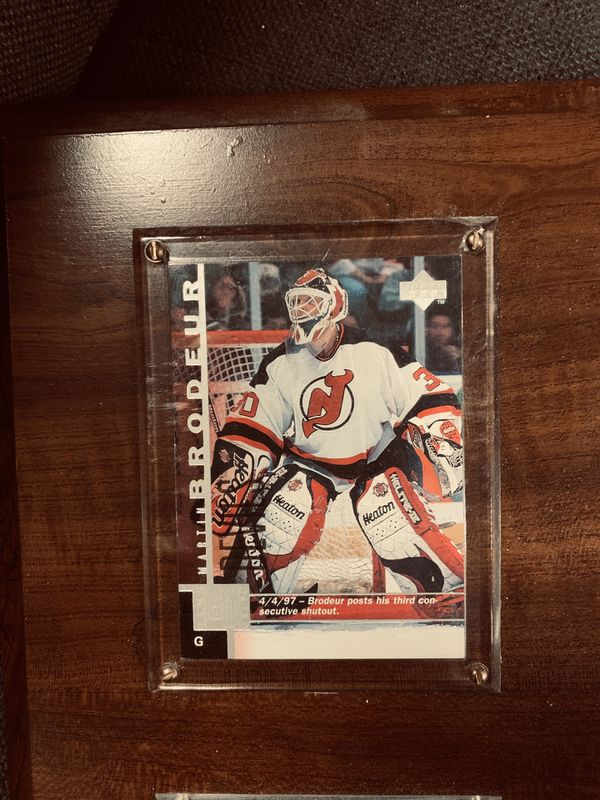 DEVIL PLAYERS CARD COLLECTIBLES.