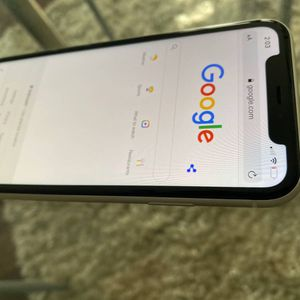 Like New Unlocked 128GB Apple IPhone 11 5G. No Scratches!! for Sale in Spring, TX