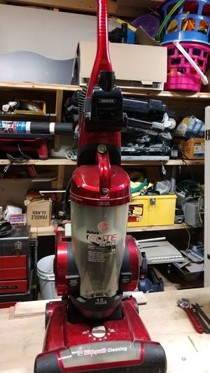 Hoover bagless vacuum for Sale in Arnold, MD