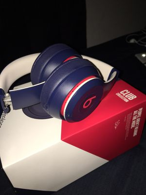 (Brand New) Dr Dre. Beats Solo 3 Club Edition Wireless Headphones $200 for Sale in Elk Grove, CA
