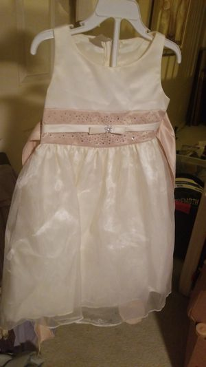 Girls Ivory Wedding Dress/Flower Girl for Sale in Stone Mountain, GA
