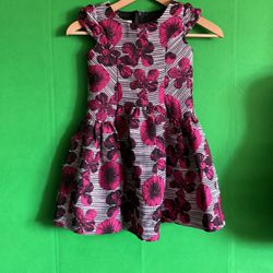 Girls Dress Size 6 for Sale in Mountlake Terrace, WA