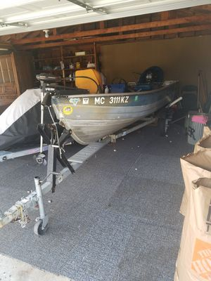 Mirro craft 20 hp mercury for Sale in Windsor, ON