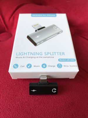 iPhone lightning Splitter Black for Sale in Citrus Heights, CA