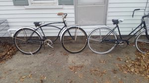 His and hers antique schwinn bicycles for Sale in Mount Pleasant, MI
