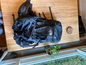 Backpacking pack 60L (The North Face, Crestone 60) for Sale in St. Louis, MO