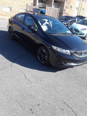 Vendo Honda civis año 2013 título x salvaje listo para plakiar en Maryland y dc tiene 45.000 mil millas está como nuevo a toda prueba for Sale in Washington, DC