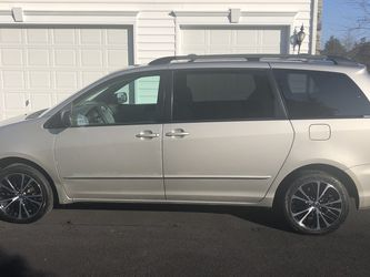Toyota Sienna for Sale in Aldie,  VA