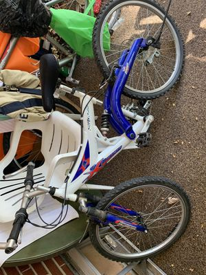 Used kid mountain bike for Sale in Denver, CO
