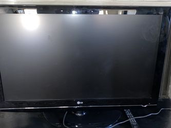 LG 42LG50 1080p for Sale in Oklahoma City,  OK