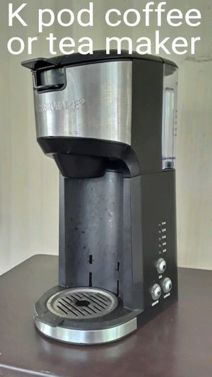 Black and stainless Farberware k cup beverage machine in excellent condition for Sale in Lebanon, TN