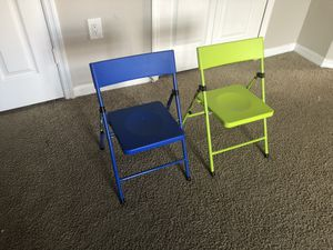 Safety first kids pinch free chair ( set of 2) for Sale in Alafaya, FL
