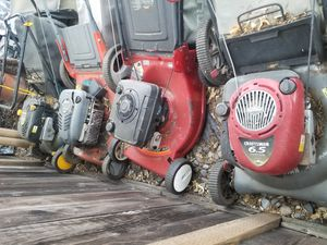 4 lawn mowers 2 craftsman 1 murray and 1 scott all need to go at once for Sale in San Jose, CA