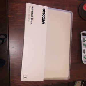 """Incase 15"""" MacBook Pro Hard shell Case for Sale in San Diego, CA"""