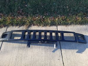 Grill and side vent cover H2 hummer for Sale in Adelphi, MD
