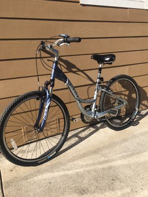 Bisicleta de aluminio trek sz 26 for Sale in Dallas, TX