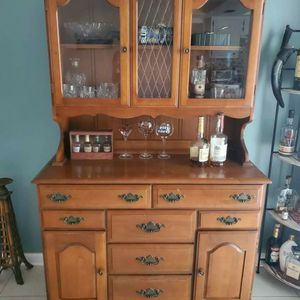 China Hutch for Sale in Dunedin, FL