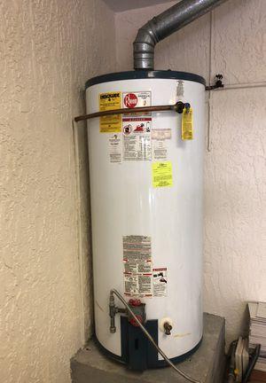Rheem 75 gallon Gas water heater for Sale in Miami Beach, FL