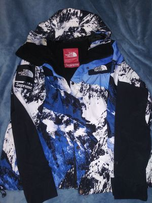 Supreme x Northface Parka Snow jacket coat for Sale in Quincy, MA