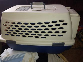 Pet Carrier for Sale in Aston,  PA