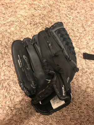 Mizuno softball glove for Sale in Norman, OK