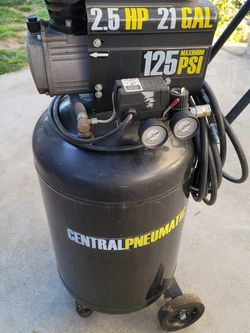Central Pneumatic Air Compressor for Sale in Lakewood,  CA