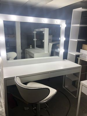 Makeup vanity for Sale in Puyallup, WA