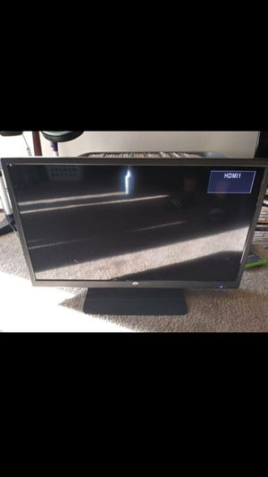 Westinghouse 32 Inch HD Tv for Sale in Aurora, CO