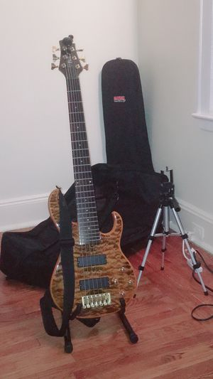 Brice 6 strings active bass guitar for Sale in Bridgeport, CT