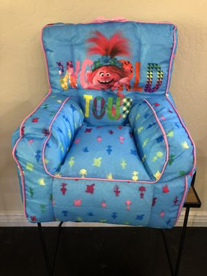 BRAND NEW Trolls WOLD TOUR Bean Bag chair for Sale in Tolleson, AZ