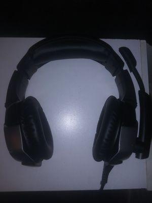 black/grey gaming headphones for Sale in Fresno, CA