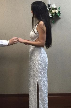 Wedding dress/ white dress for Sale in Kissimmee, FL